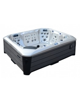 Macdui Hot Tub